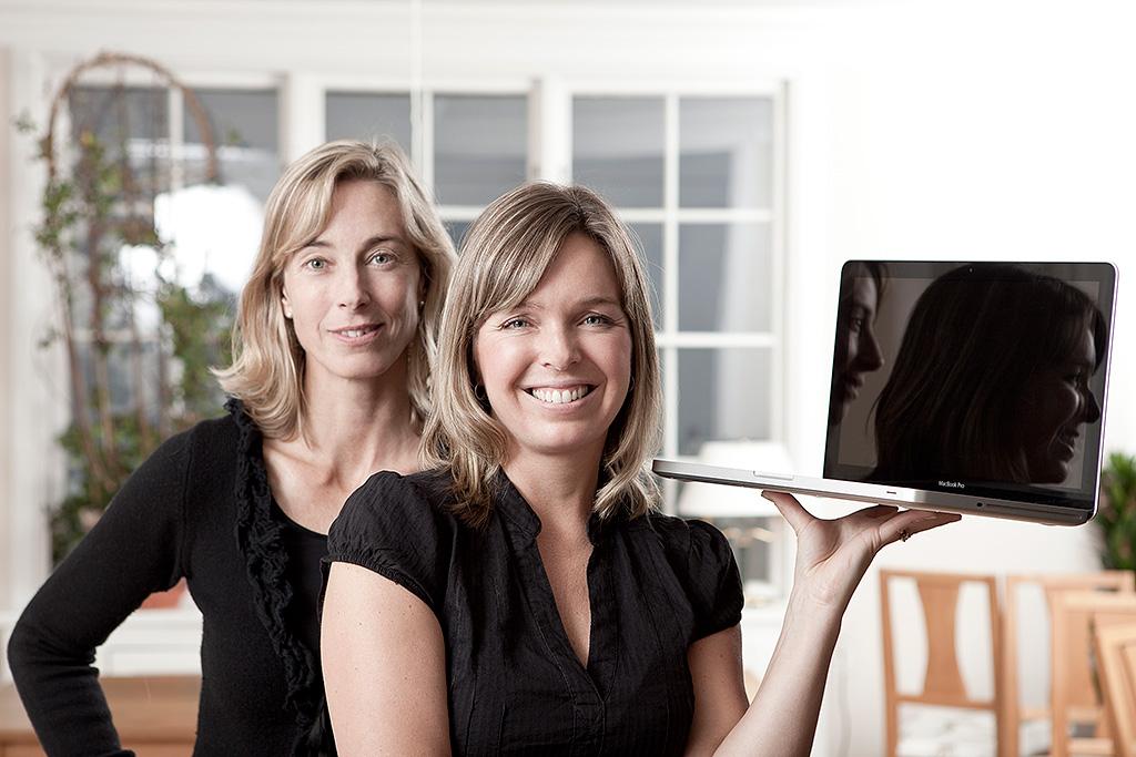 Hälsningar Åsa-Mia, Johanna och övriga medarbetare på olika håll i världen.