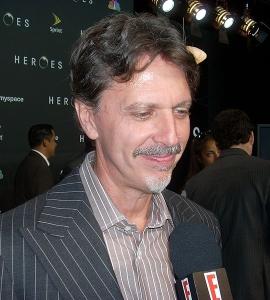 Tim Kring är en amerikansk producent och  manusförfattare för film och TV. Han är skapare av TV-serierna Heroes, Jordan, rättsläkare och Strange World.